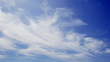 4K蓝天白云视频素材