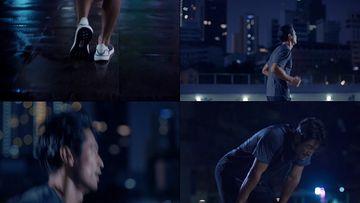 晚上跑步气喘吁吁的男人视频